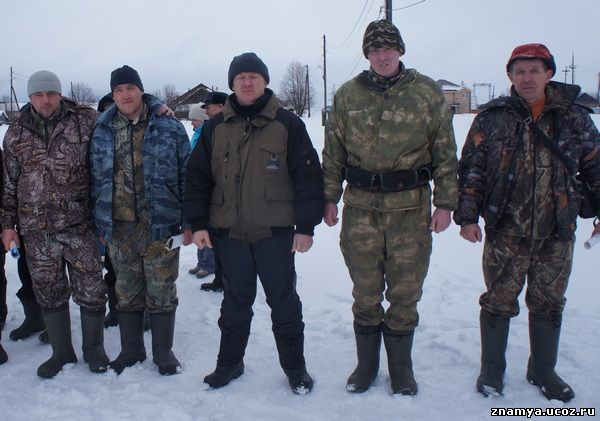 Команда Индыгойки (слава направо): Андрей Головин, Эдуард Шабалин, Владимир Квардаков, Сергей Ведерников, Алексей Шабалин.